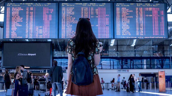 Aeroporti, tabellone voli