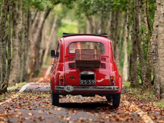 Fiat 500 Italia turismo - Foto di S. Hermann & F. Richter