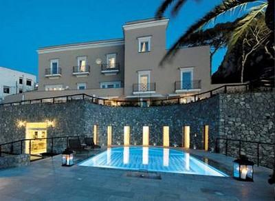 Villa Marina Capri Hotel & Spa, veduta con piscina