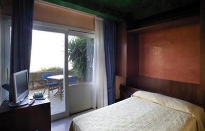 Hotel Graal a Ravello, una dlle stanze vista mare