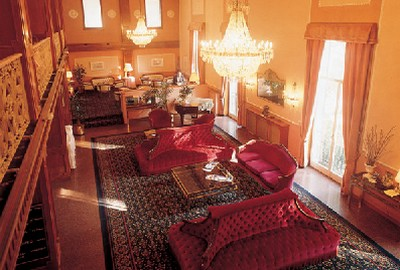 Hotel Regina Olga, la sontuosa hall