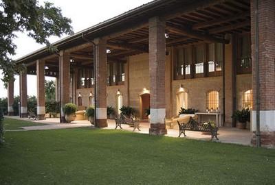 Santellone Resort a Brescia, visuale esterna