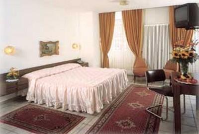 Hotel Dell'Angelo a Locarno, una delle camere