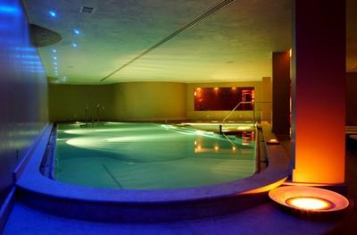 Hotel Ambasciatori a Fiuggi, la piscina della spa