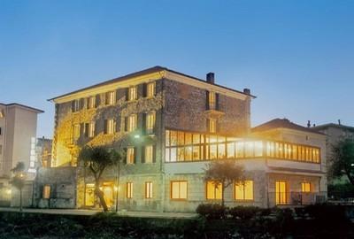 Hotel Rio a Finale Ligure, la struttura in pietra