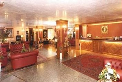 Hotel La Bussola a Novara, la hall