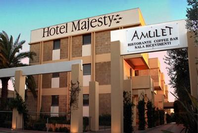 Hotel Majesty di Bari, veduta della facciata