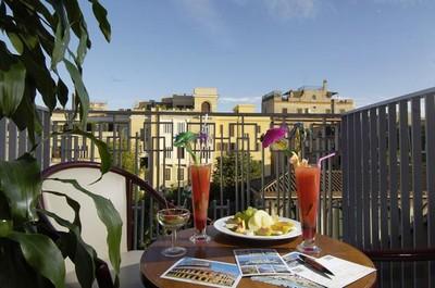 Veduta di Roma da una terrazza del Grand Hotel Palatino ©Booking.com