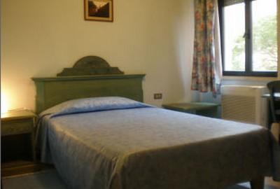 Hotel Artu a Iglesias, una delle camere dell'albergo