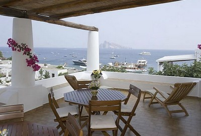 Hotel Tesoriero a Panarea, visuale da un terrazzo