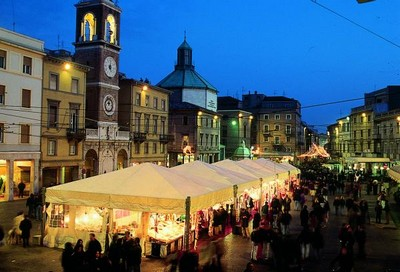 Shopping a rimini - Mercatini antiquariato emilia ...