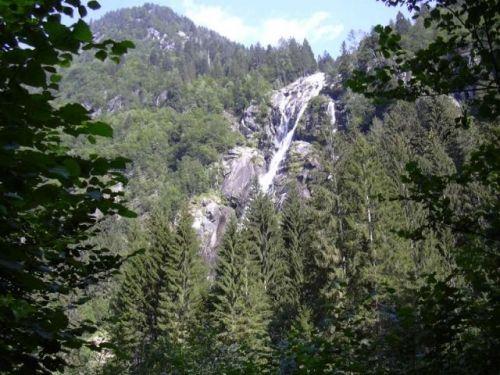Una cascata rilassante (Pinzolo)