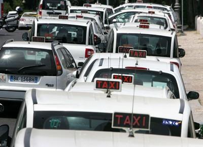 Taxi Gold, nuovi taxi 3570 a Roma