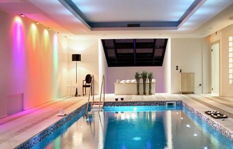 Weekend benessere a Todi: piscina dell'hotel Roccafiore