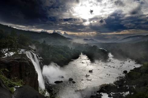 Cascate Athirapally