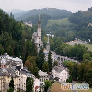 Pellegrinaggio a Lourdes ©Milorad Pavlek 2005