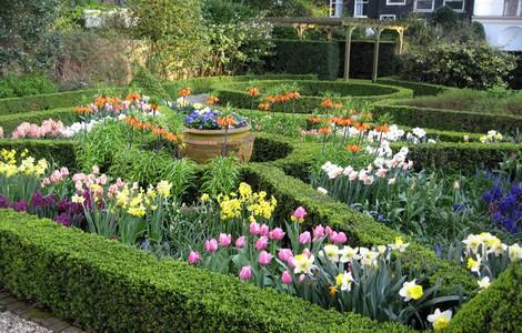Amsterdam, giardini in fiore ©Foto Geelvinck Van Loon