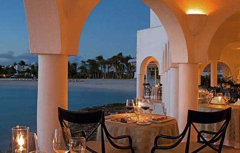 Caraibi, cena romantica ad Anguilla
