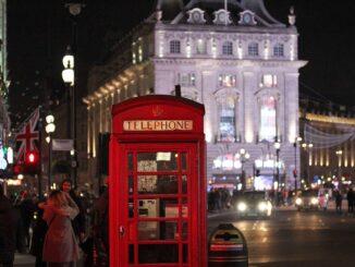 Piccadilly Circus, Londra - Foto di Maya Nabrowski