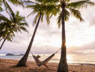 Spiaggia Palm Cove a Cairn, Australia - Foto Tourism Tropical North Queensland