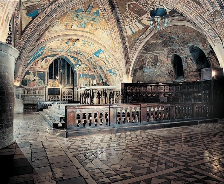 Assisi, Altare della Basilica Inferiore