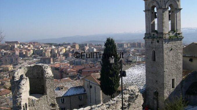 Veduta di Campobasso con il campanile di San Bartolomeo