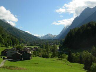 Vista lungo il cammino del Monte Bianco - Foto ©Alessio Imberti