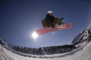 Snowboard nel Tarvisiano ©Foto Senior Airman Michael S. Dorus