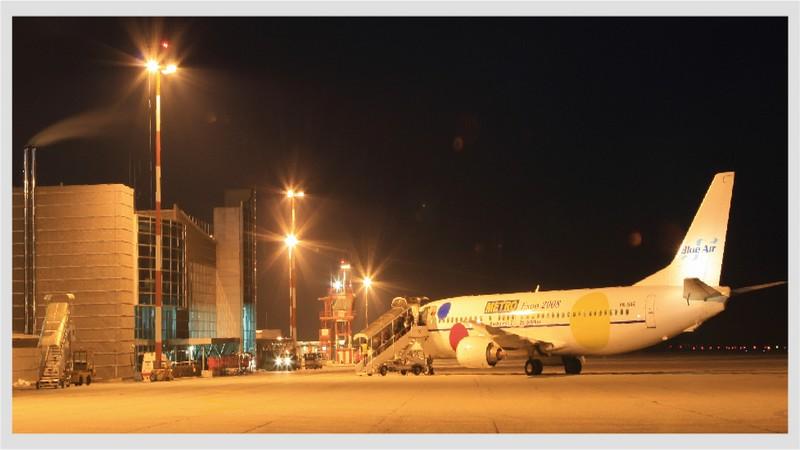 Aeroporto di Cuneo di sera - foto aeroporto.cuneo.it