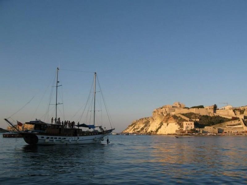 Isole Tremiti, crociera in barca a vela