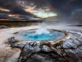 Un geyser in Islanda