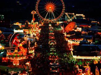 Oktoberfest in notturna, Baviera - BAYERN TOURISMUS Marketing GmbH
