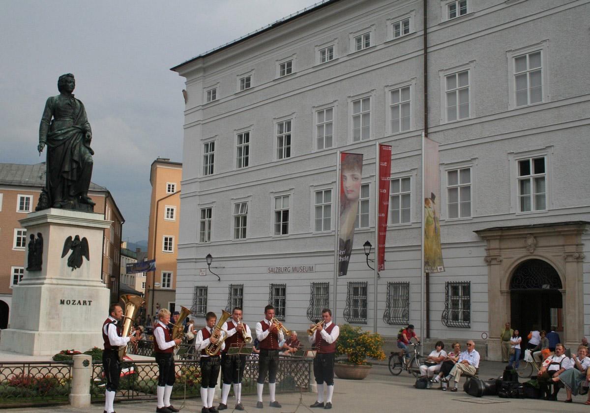 Concerto in piazza a Salisburgo © Foto Anna Bruno