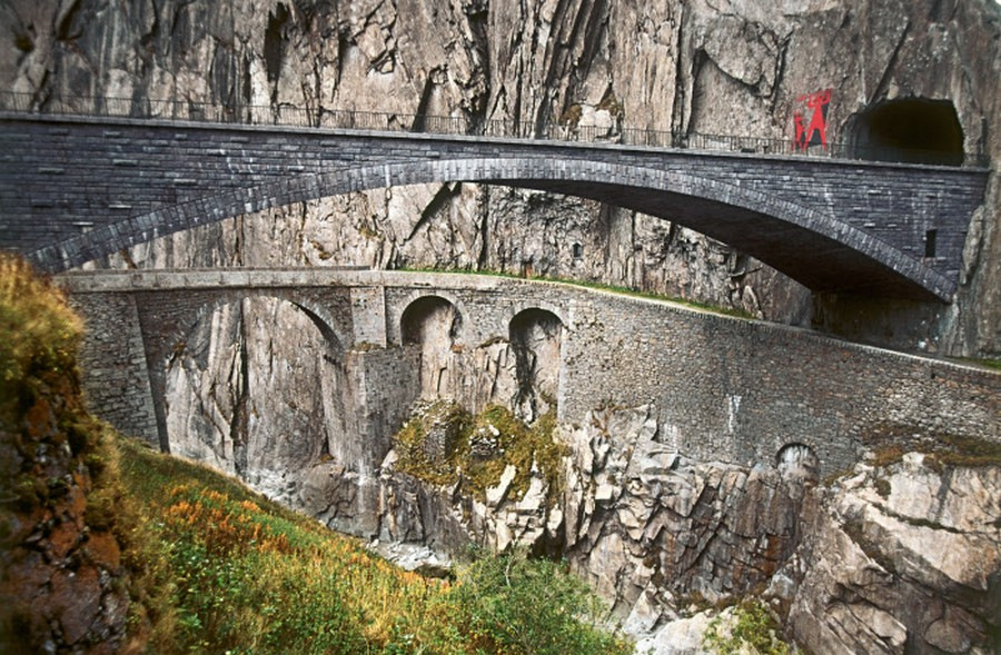 Gola Schoellelen tra Goeschenen e Andermatt- © Foto Max Schmid Switzerland Tourism