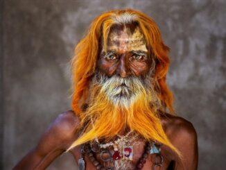 Uomo anziano della tribù Rabari - Foto Steve McCurry
