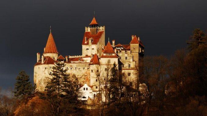 Castello di Bran, il Castello di Dracula - ph Viaggi di Boscolo