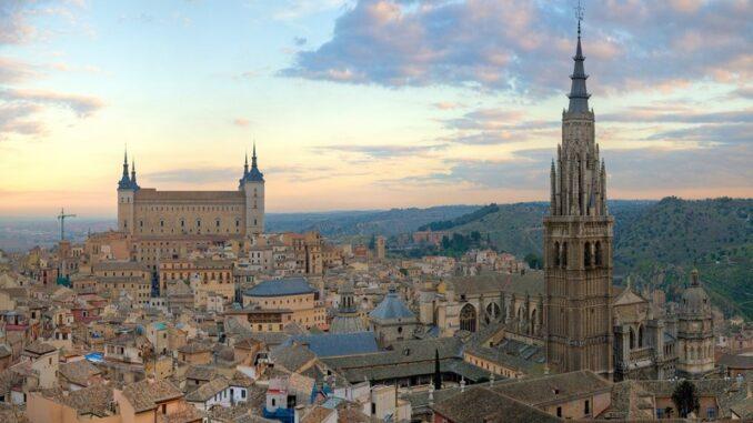 Panorama di Toledo - Photo by DAVID ILIFF. License: CC-BY-SA 3.0