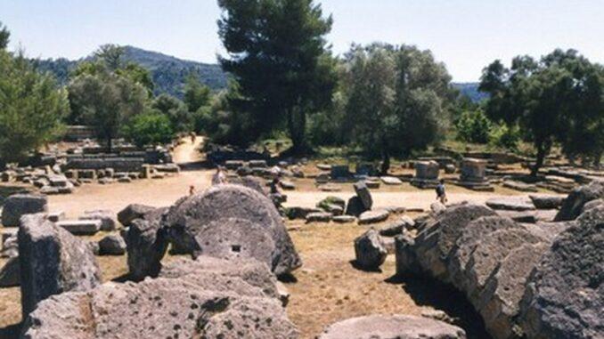 Ruderi di Olimpia, Grecia
