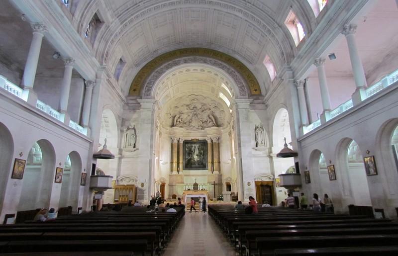 Santario di Fatima, interno - Marcio via Wikipedia - licenza Creative Commons Attribuzione 2.0 Generico