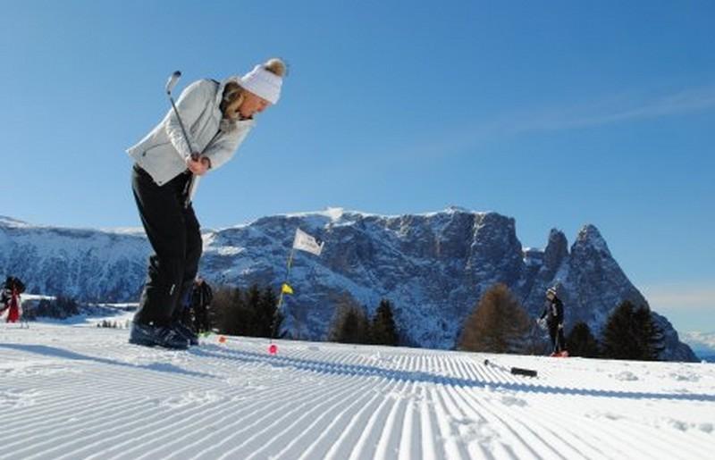 Golf sulla neve - ph Alpe di Siusi Marketing