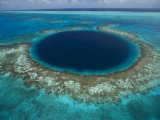 Great Blue Hole - Jad Davenport, National Geographic