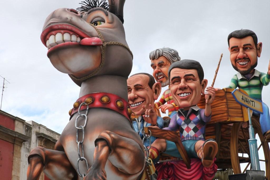 Maschere allegoriche, Carnevale di Putignano
