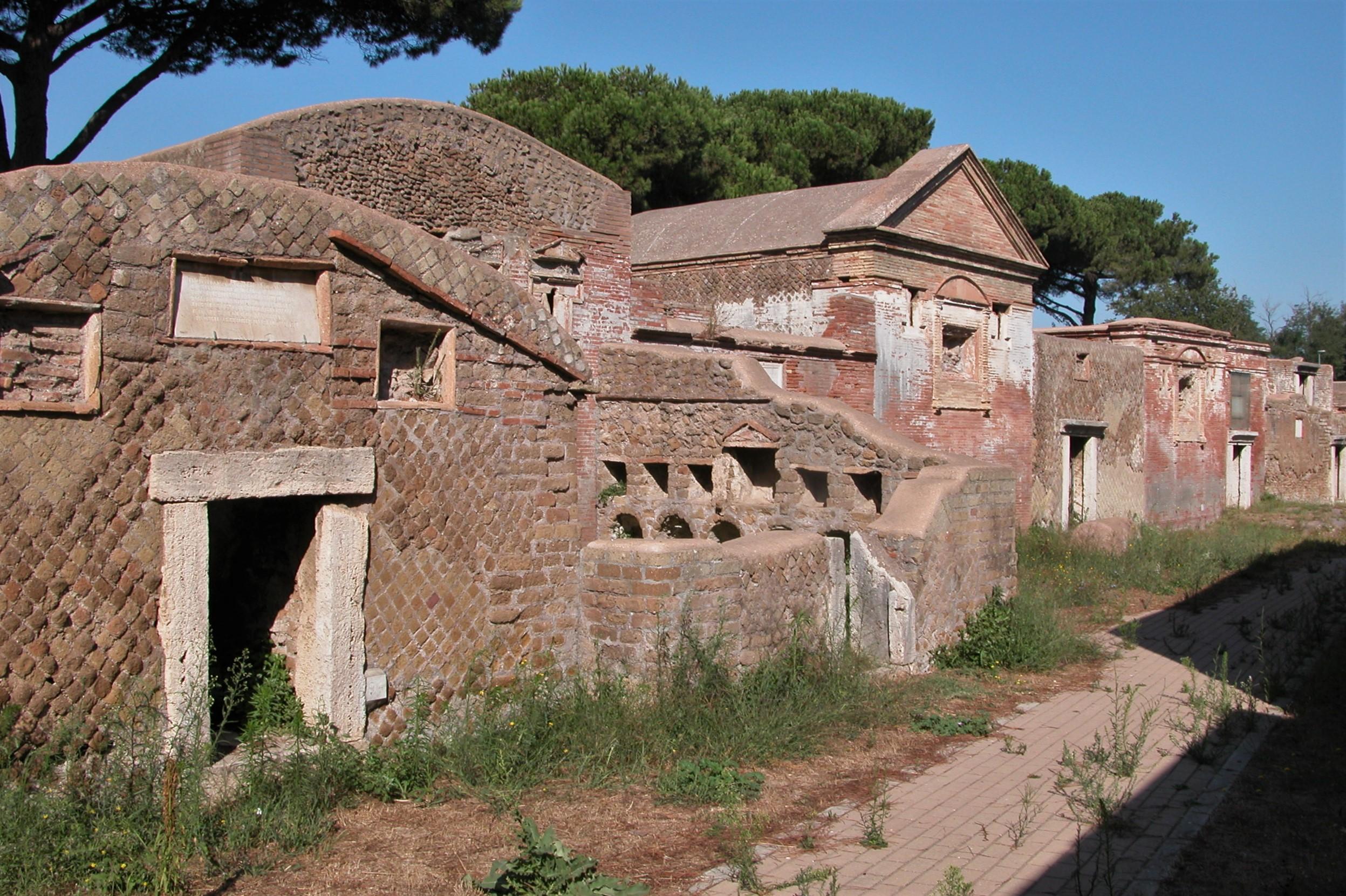 Necropoli di Porto Isola Sacra - Foto Ostia Antica Beni Culturali