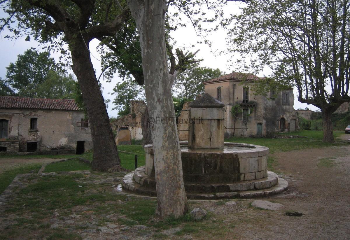 Borgo abbandonato di Roscigno, Salerno ©Foto Anna Bruno