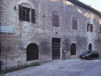 """Museo """"Studio di vetrate artistiche Moretti Caselli"""""""