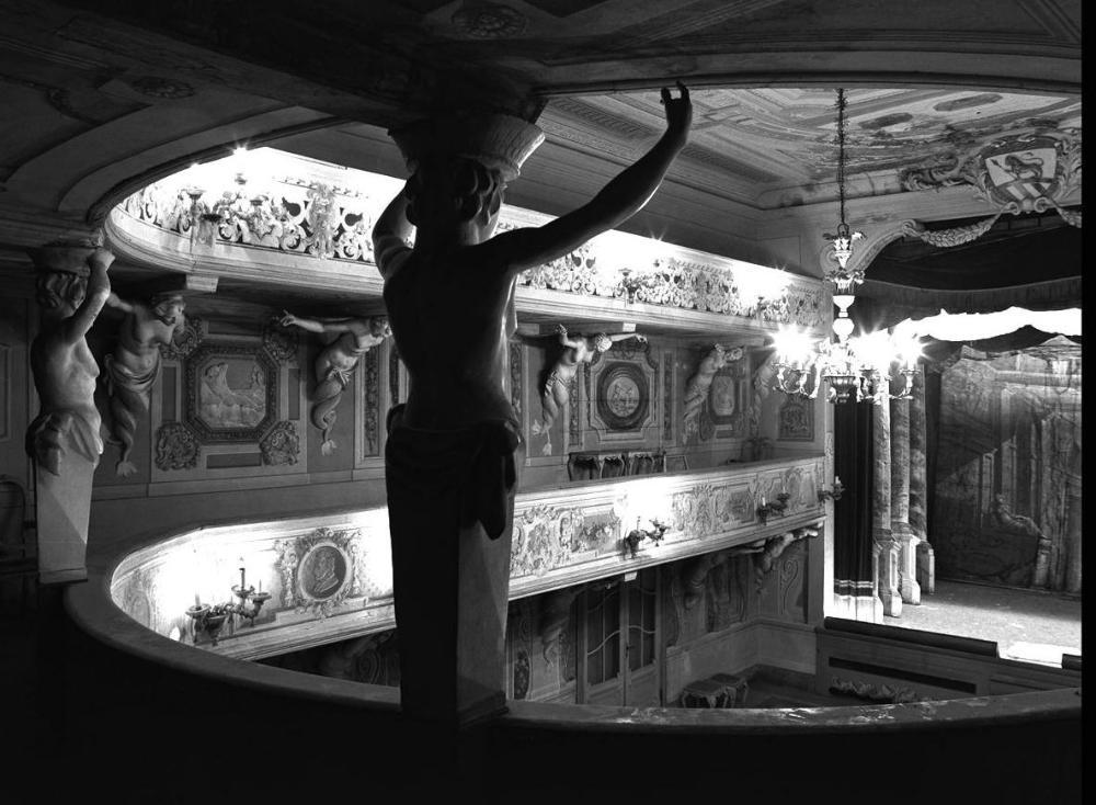 Teatrino di Villa Aldrovandi-Mazzacurati a Bologna