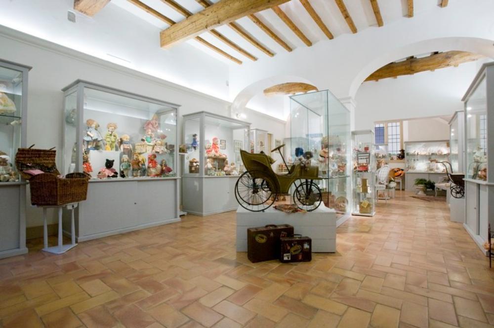 Piccolo museo di bambole e altri balocchi, Ravenna