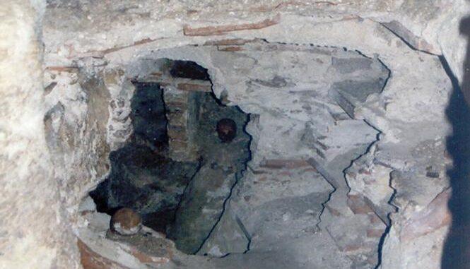 San Michele Arcangelo - Catacombe