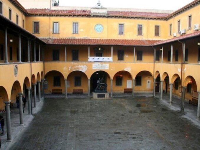 Biblioteca universitaria di Pisa
