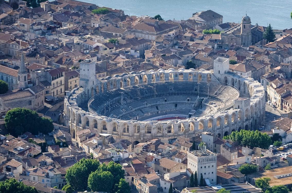 Panorama di Arles, a sud della Francia
